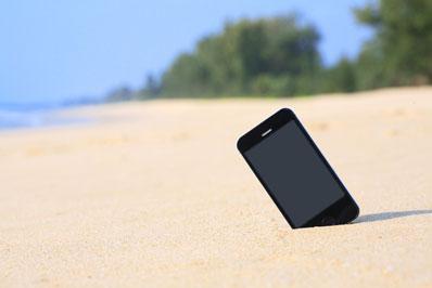 sử dụng smartphone thời tiết nắng nóng