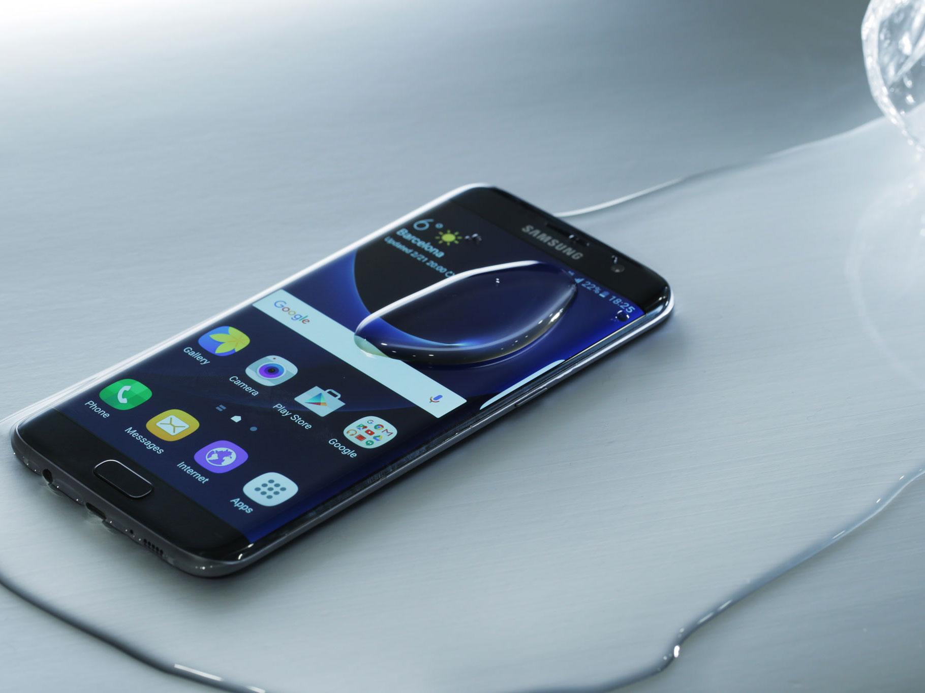 Galaxy S7 có khả năng chống nước tốt